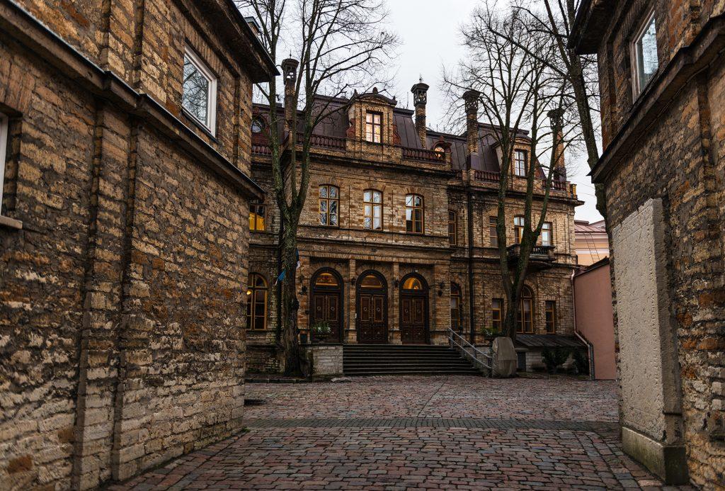 Ungern-Sternberg Palace Entrance