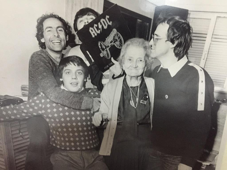 Hanging-with-the-band-and-rock-and-roll-grandma