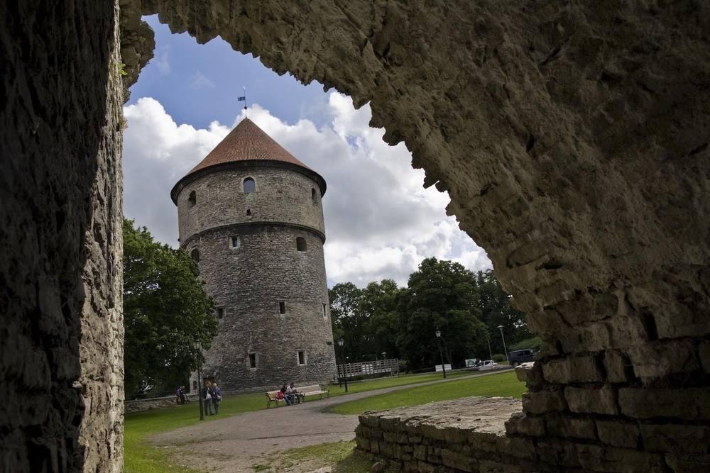 Kiek-in-de-Kok-Tallinn-Estonia-Tunnel