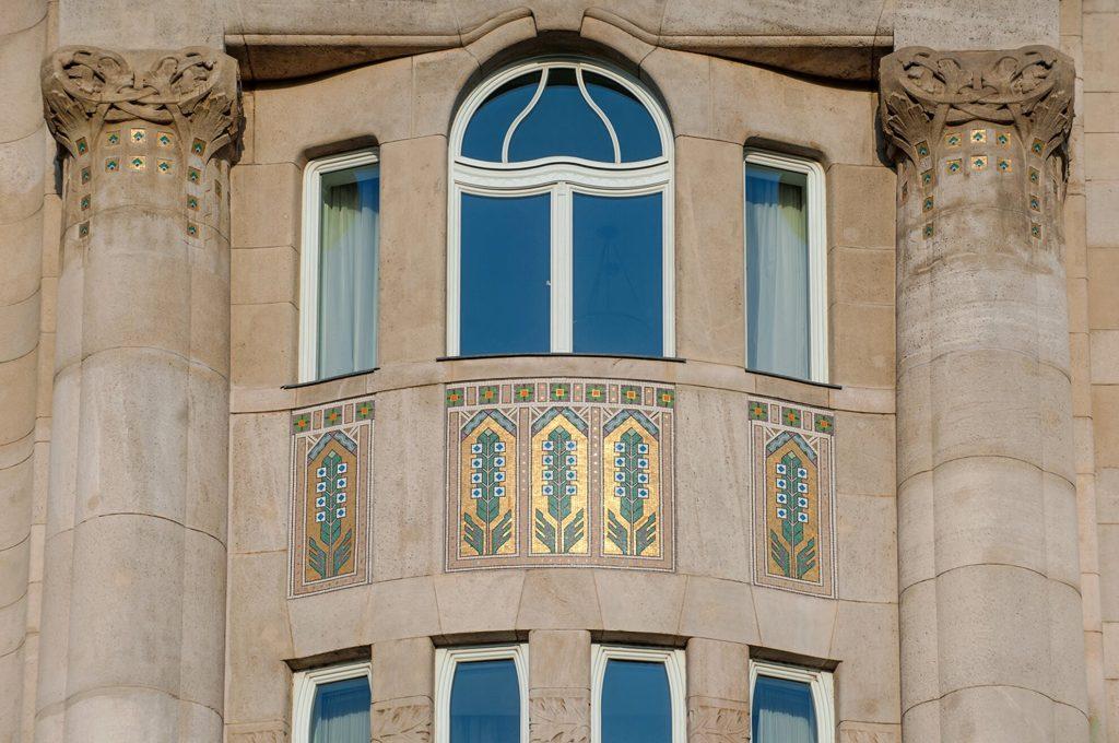 Gresham-Palace-13 Art Nouveau in Budapest Hungary