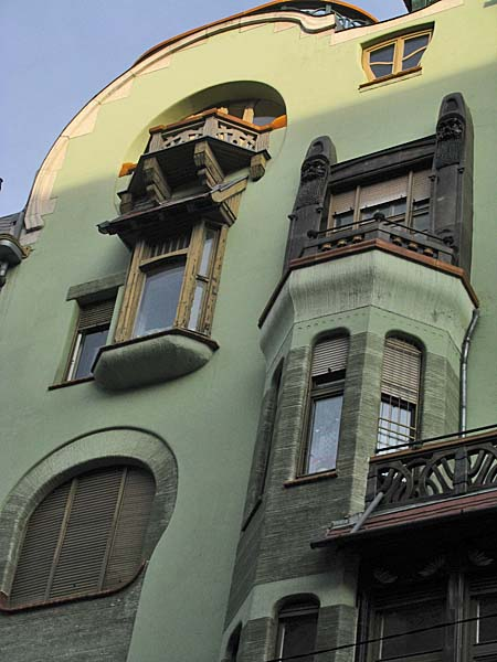 House-of-Hungarian-Art-Nouveau-02 Art Nouveau in Budapest Hungary
