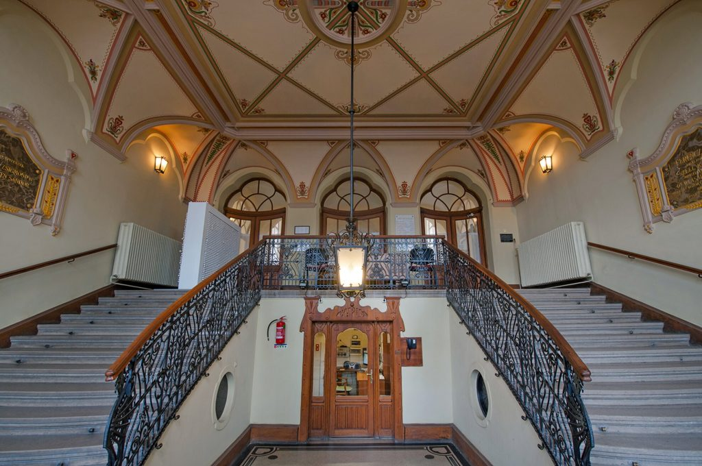 Institute-for-the-Blind-09-Art-Nouveau-in-Budapest-Hungary