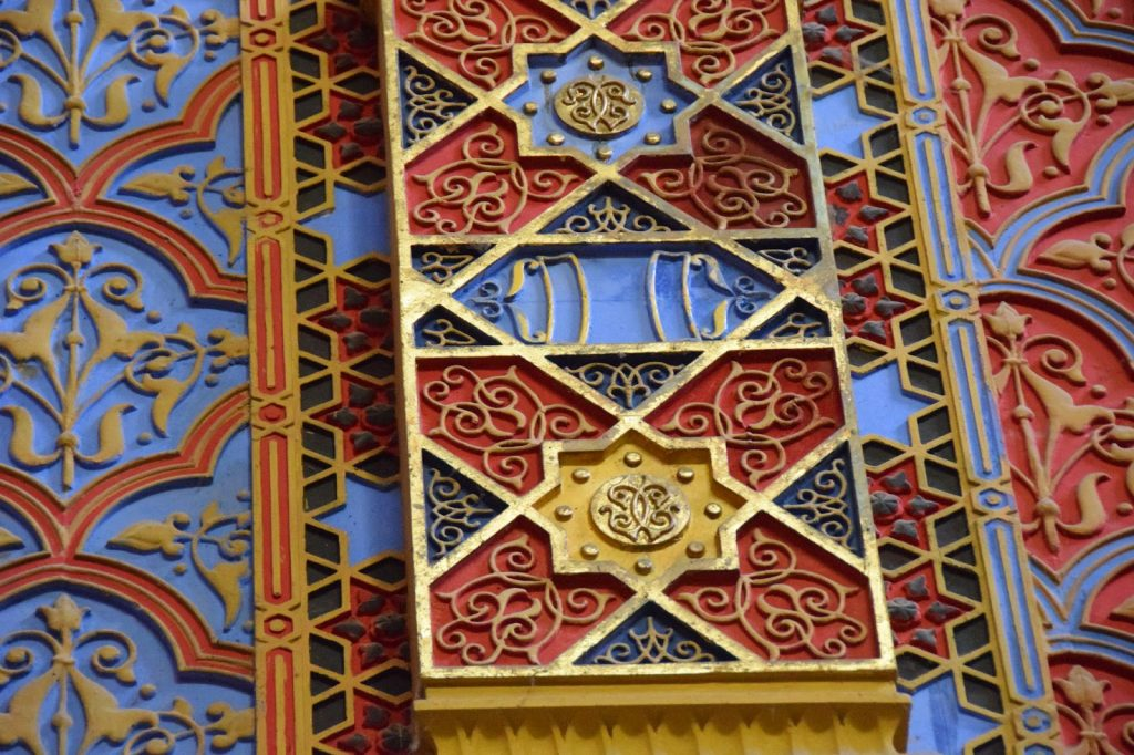 Rumbach-Street-Synagogue-05-Art-Nouveau-in-Budapest-Hungary