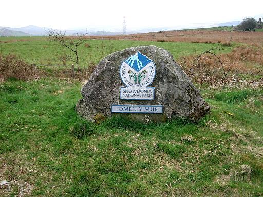 Tomen-y-Mur-Sign-Wales