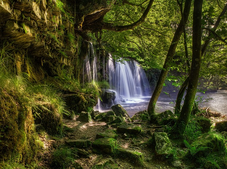 Waterfalls and Ridges of Brecon Beacons 03