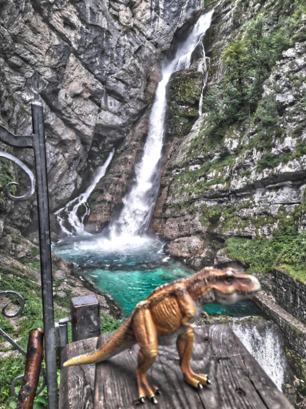 Savica Waterfall - Trampy