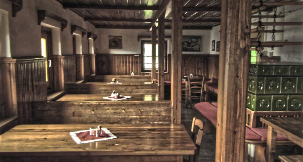 Vidnikov dom na Velem polju - common area