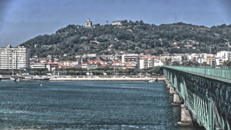 Crossing bridge into Viana do Castelo
